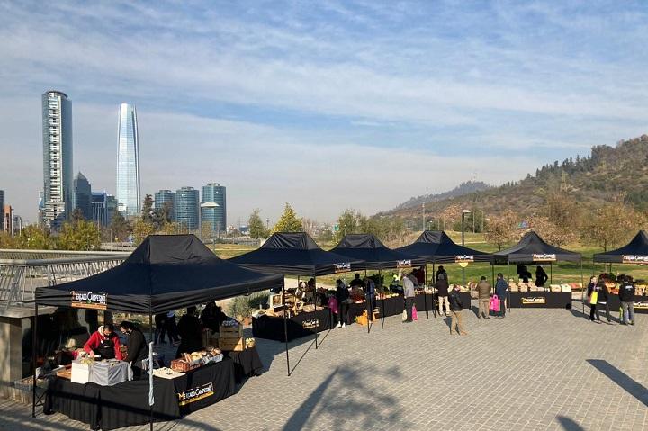 Mercado Campesino en el Parque Bicentenario