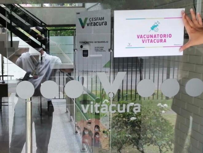 Vacunación covid vitacura